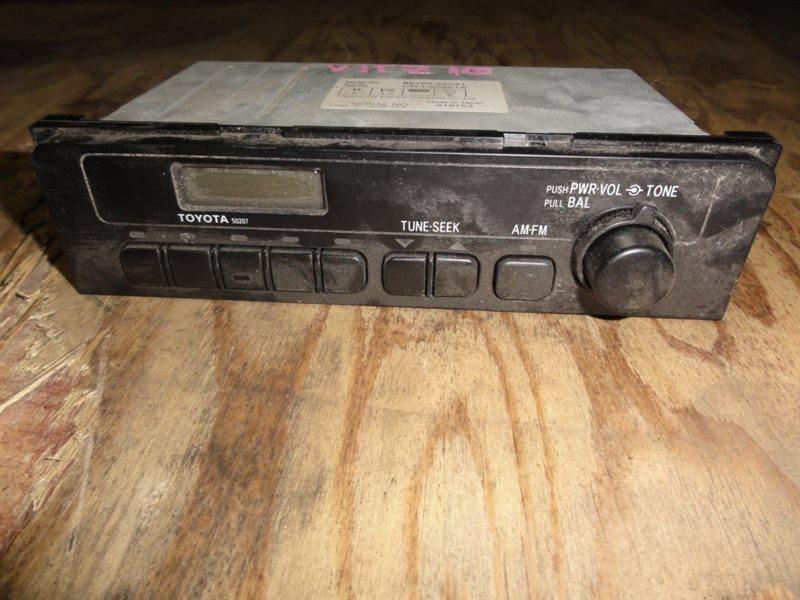 Радиоприемник Toyota Vitz NCP10 2NZ