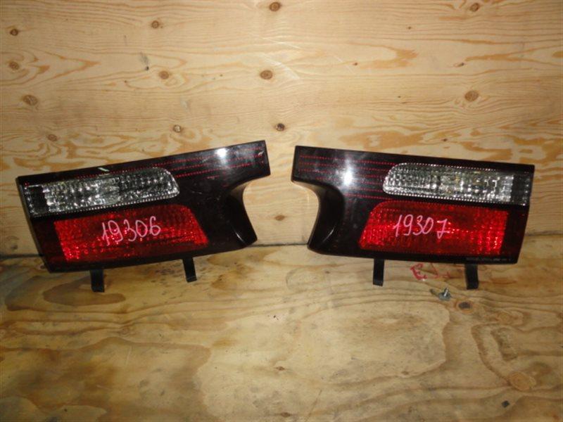 Стоп-вставка Toyota Estima MCR30 2003 правая