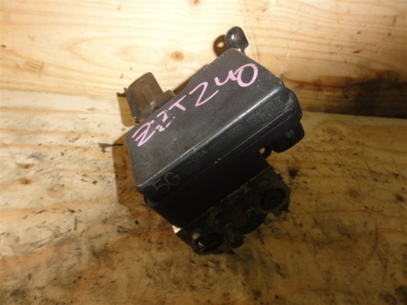 Блок abs Toyota Premio ZZT240 1ZZ