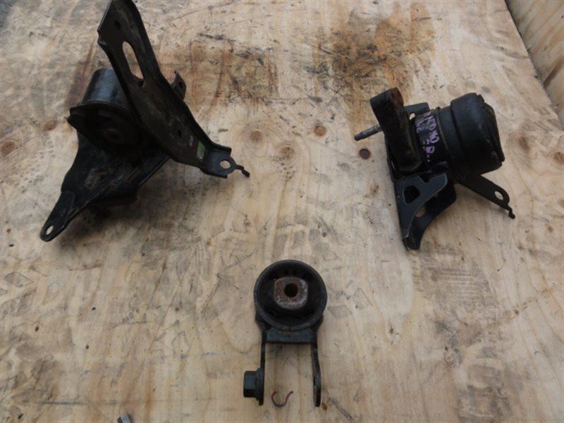 Подушка двигателя Toyota Ist NCP110 1NZ задняя