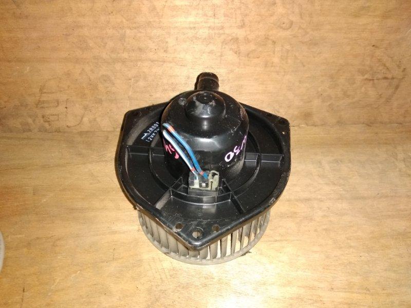 Мотор печки Nissan Largo W30 KA24 1997