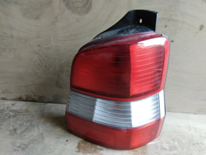 Стоп-сигнал Mazda Demio DW3W B3 1999 правый