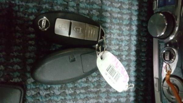 Ключ зажигания Nissan Dualis KJ10 MR20 2008
