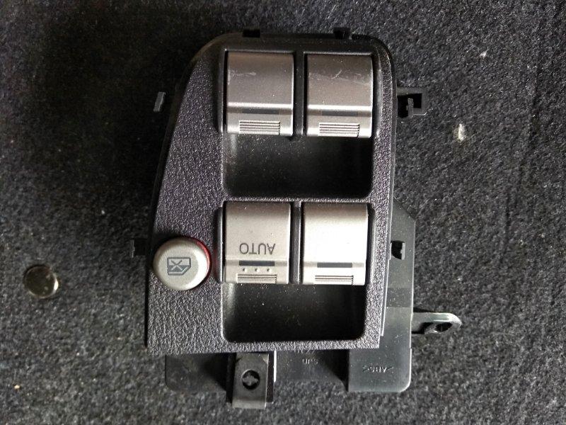 Блок упр. стеклоподьемниками Honda Edix BE1 D17A 2005 передний правый