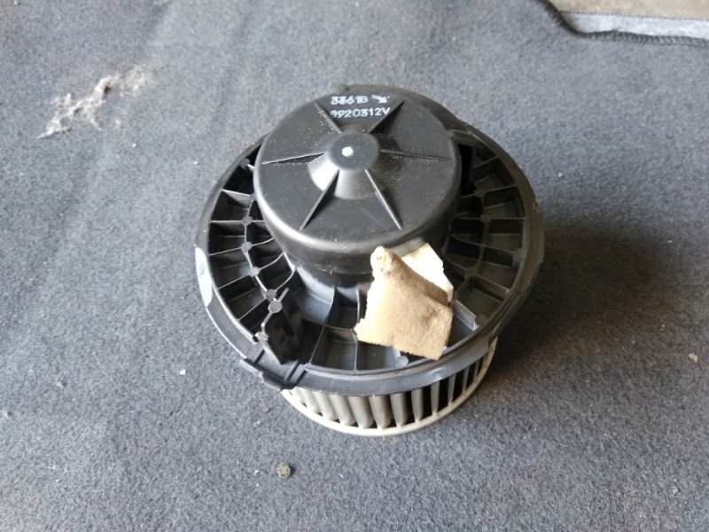 Мотор печки Nissan Wingroad Y12 MR18 2007