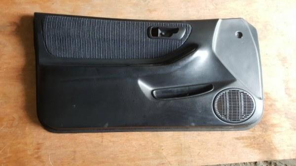 Обшивка дверей Honda Integra DC1 ZC 1998 передняя левая