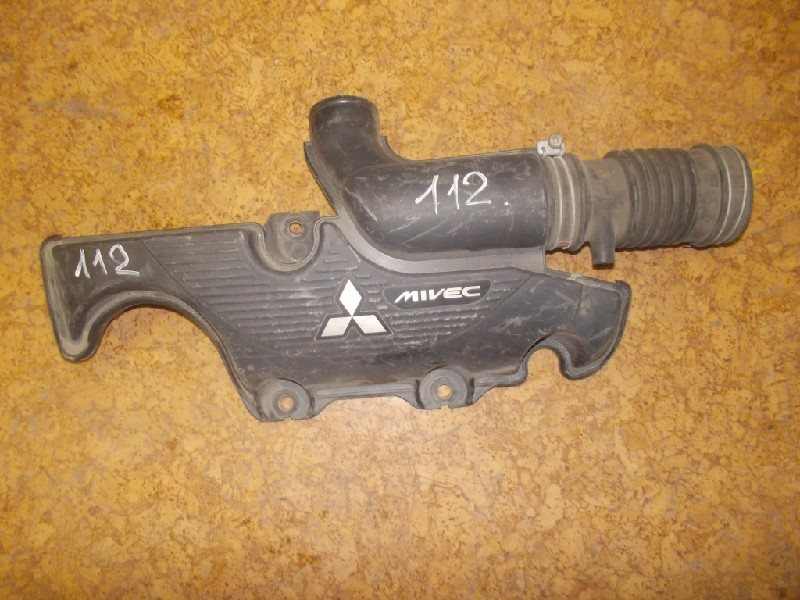 Патрубок воздушного фильтра Mitsubishi Colt Z25A 4G19 ст.115000112