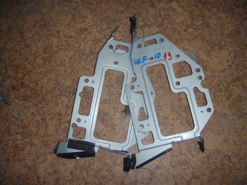 Крепление автомагнитолы Toyota Celsior UCF10 ст.119000019
