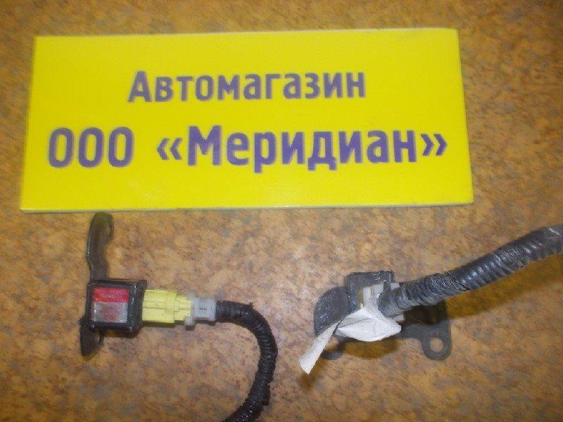 Датчик airbag Toyota ст.127000008