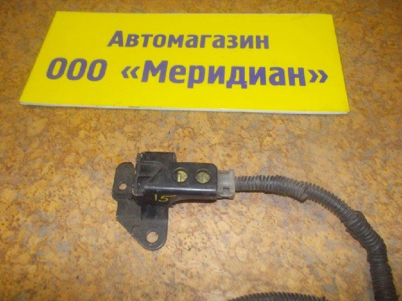 Датчик airbag Toyota правый ст.127000015