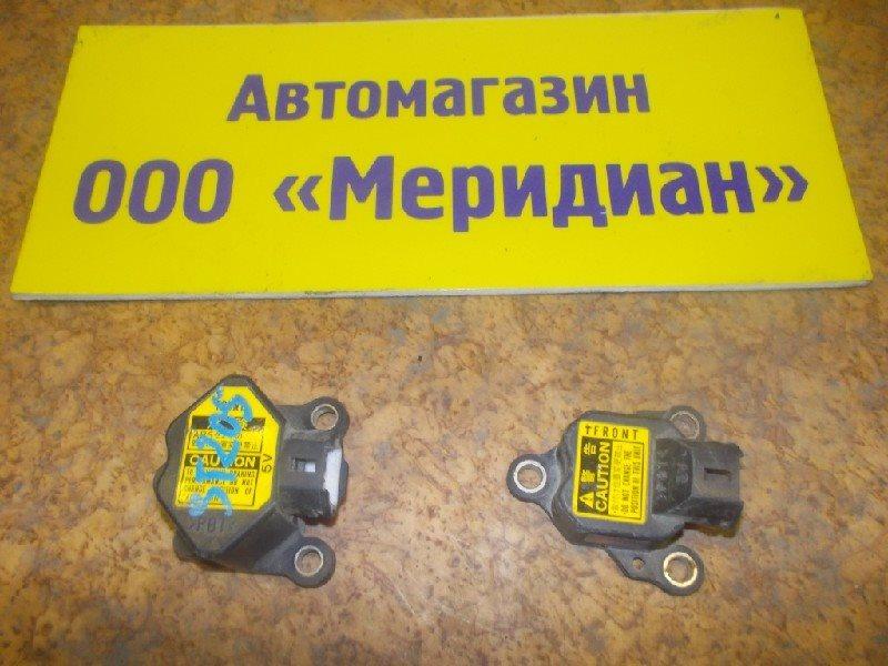 Датчик airbag Toyota ст.127000017