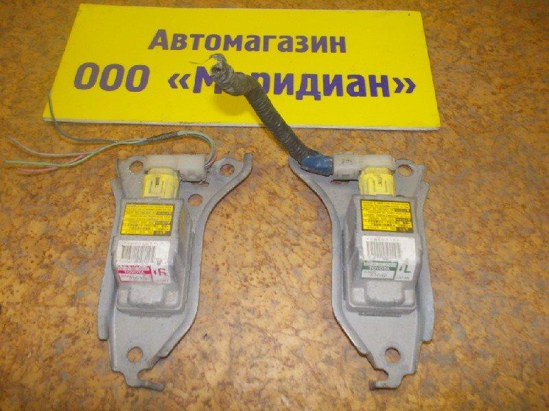 Датчик airbag Toyota правый ст.127000020