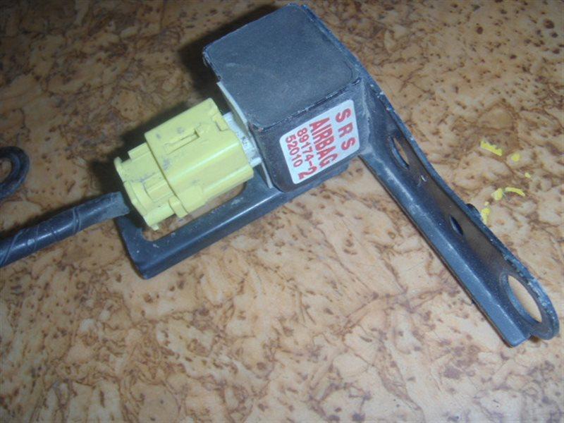 Датчик airbag Toyota ст.127000037