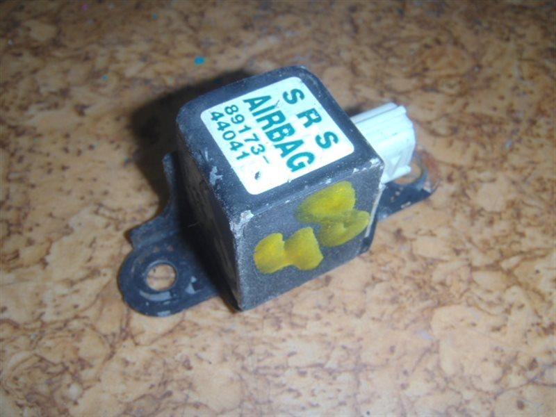 Датчик airbag Toyota Ipsum ACM21 ст.127000048