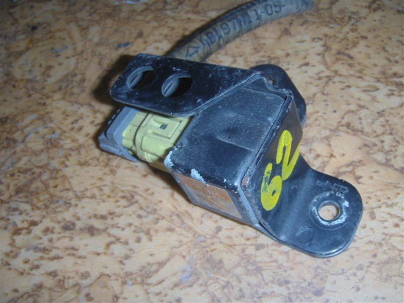 Датчик airbag Toyota ст.127000062
