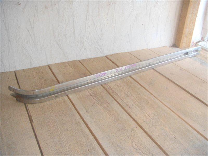 Полозья для сдвижной двери Toyota Master Ace CR37 левая ст.141000002