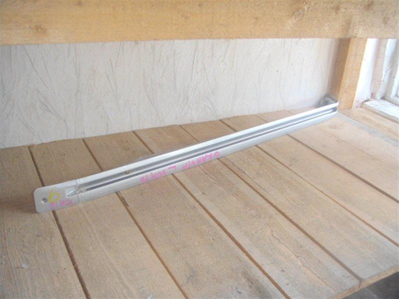 Полозья для сдвижной двери Toyota Granvia KCH16 левая ст.141000006