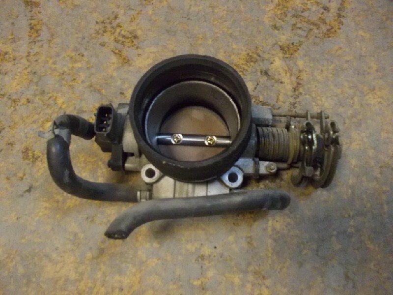 Дроссельная заслонка Subaru Legacy B4 BE5 EJ20T ст.218000039