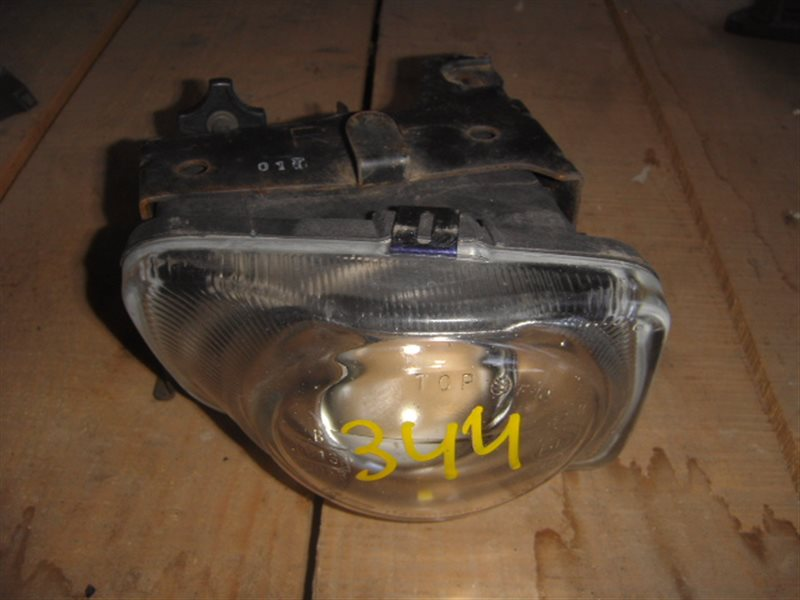 Туманка Subaru Legacy B4 BE5 правая ст.230000344