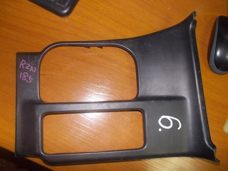 Консоль кпп Toyota Surf RZN185 ст.282000006