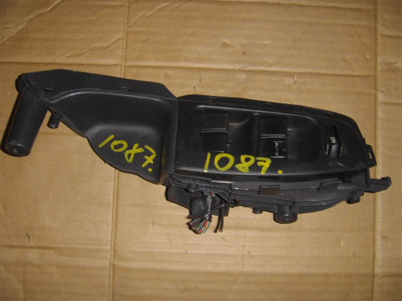 Блок упр. стеклоподьемниками Honda Orthia EL3 передний правый ст.285001087
