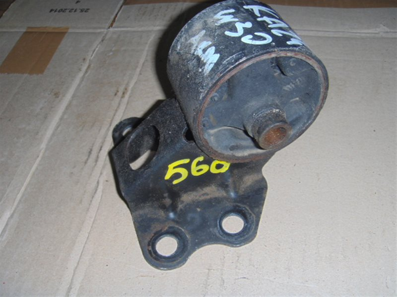 Подушка двигателя Nissan Largo W30 KA24 ст.290000560