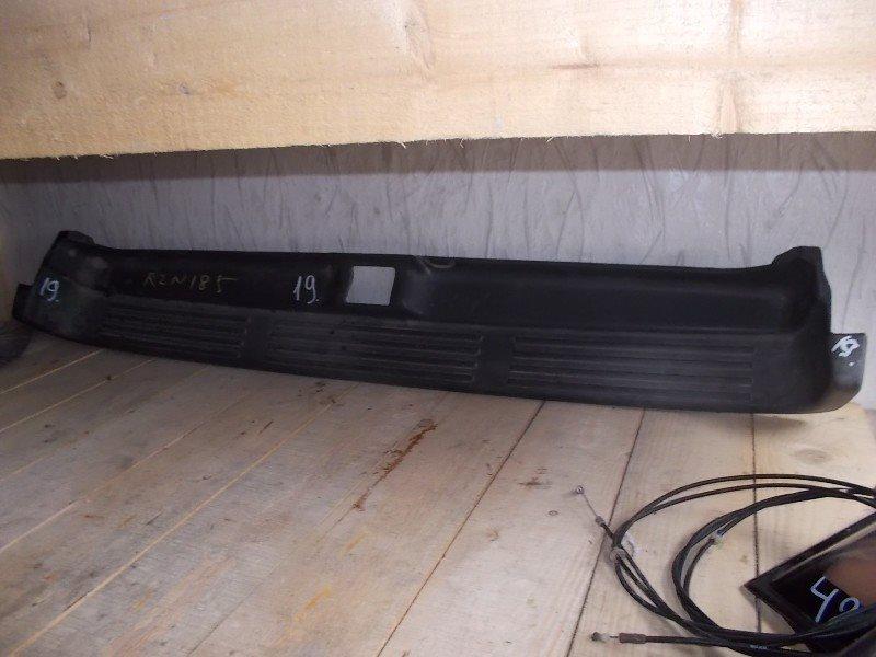 Накладка замка багажника Toyota Surf RZN185W ст.305000019