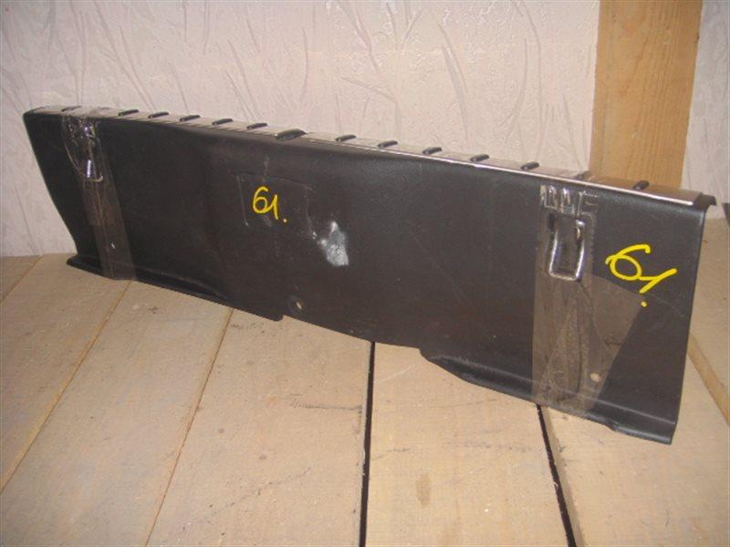 Накладка замка багажника Toyota Altezza Gita JCE15 ст.305000061