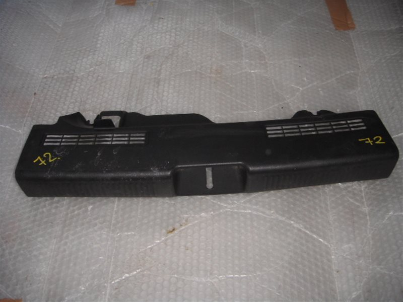 Накладка замка багажника Subaru Impreza GG3 ст.305000072