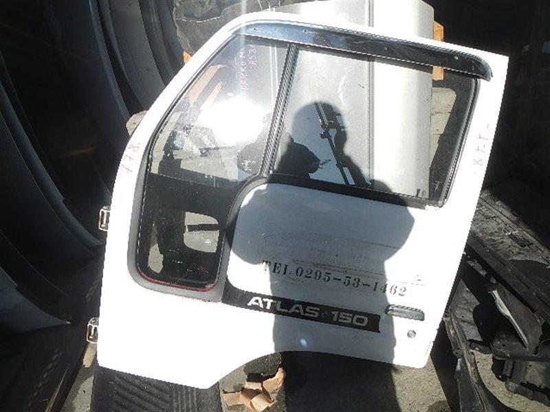 Дверь Nissan Atlas F23 передняя левая ст.402000778