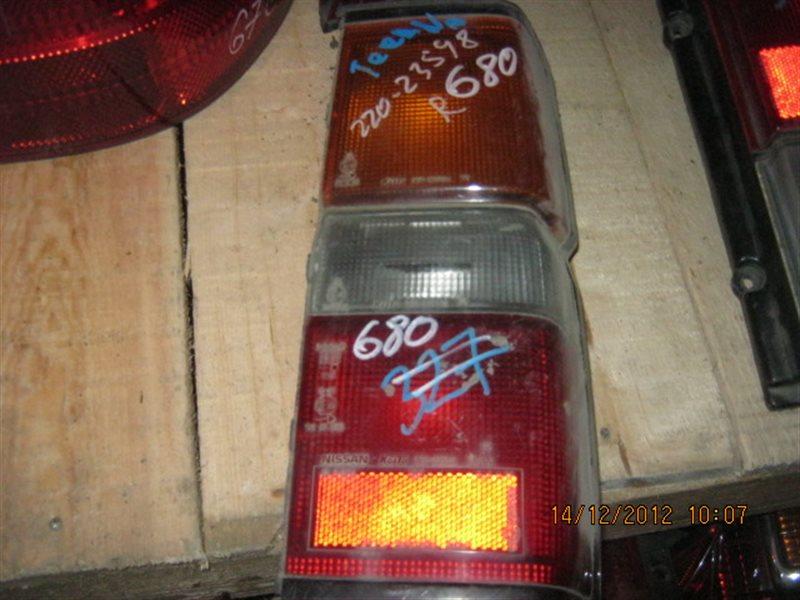 Стоп-сигнал Nissan Terrano D21 задний правый ст.801000680