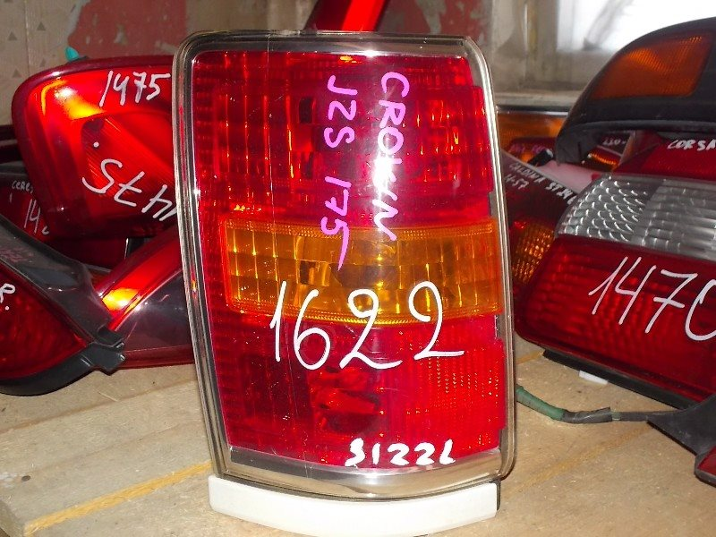 Стоп-сигнал Toyota Crown Estate JZS171 задний левый ст.801001622