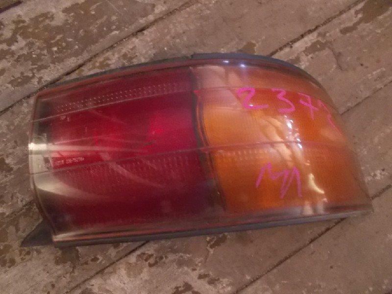 Стоп-сигнал Toyota Camry SV30 задний правый ст.801002372