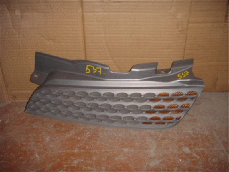 Решетка радиатора Nissan March CR12 ст.802000537