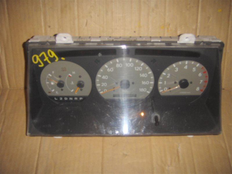 Панель приборов Toyota Regius RCH47 3RZ ст.804000979