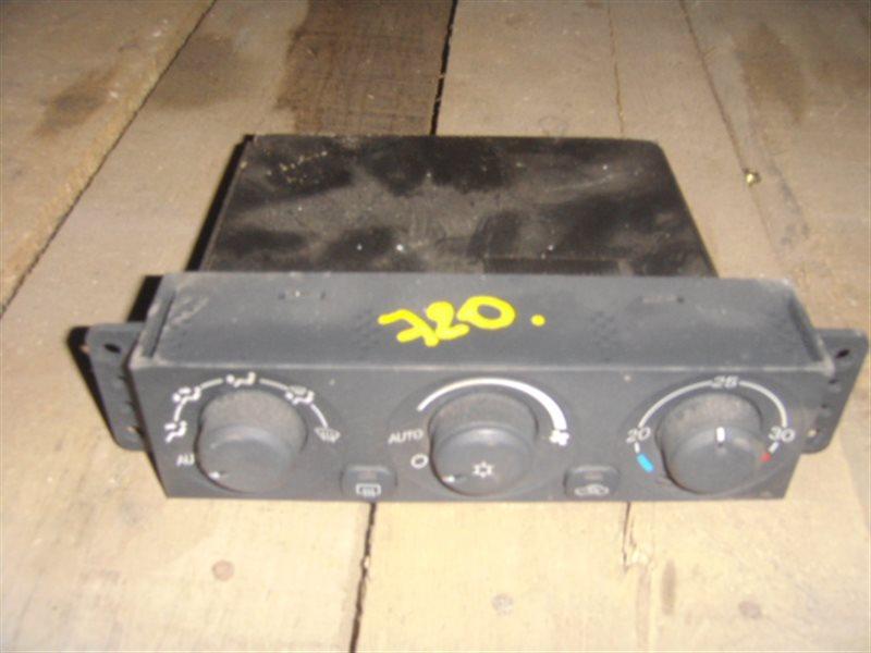 Блок управления климат-контролем Mitsubishi Pajero Io H77W 4G94 ст.806000720