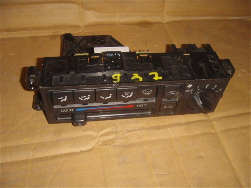 Блок управления климат-контролем Nissan Bluebird QU14 ст.806000937