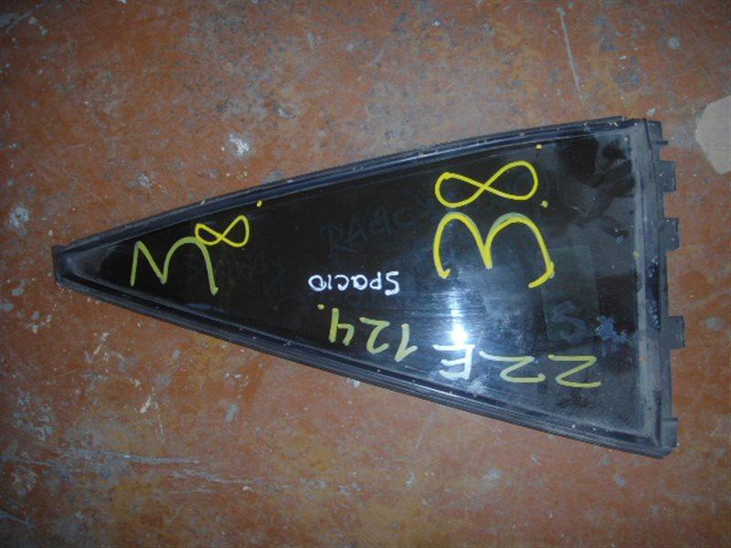 Форточка двери Toyota Spacio NZE124 задняя правая ст.865000038