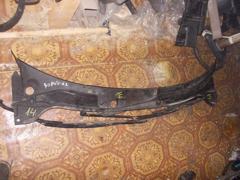 Решетка под лобовое стекло Nissan Skyline V35 ст.866000014