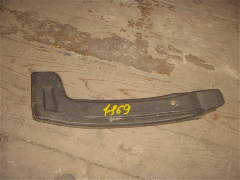 Подкрылок Toyota Gaia SXM10 задний левый ст.907001869