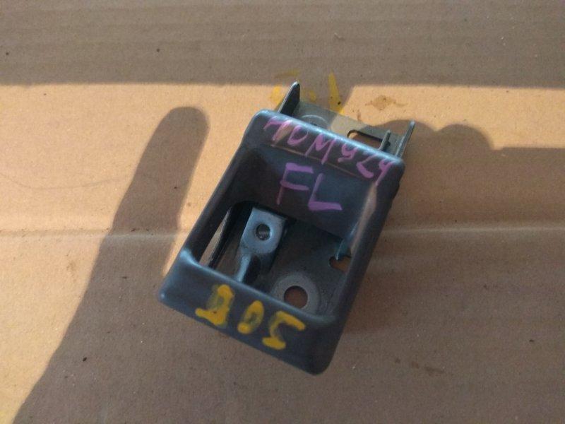 Ручка двери внутренняя Nissan Homy E24 TD27 передняя левая