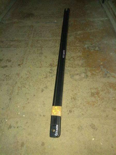 Полозья для сдвижной двери Nissan Homy ARME24 TD27T