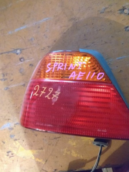Стоп-сигнал Toyota Sprinter AE110 задний левый