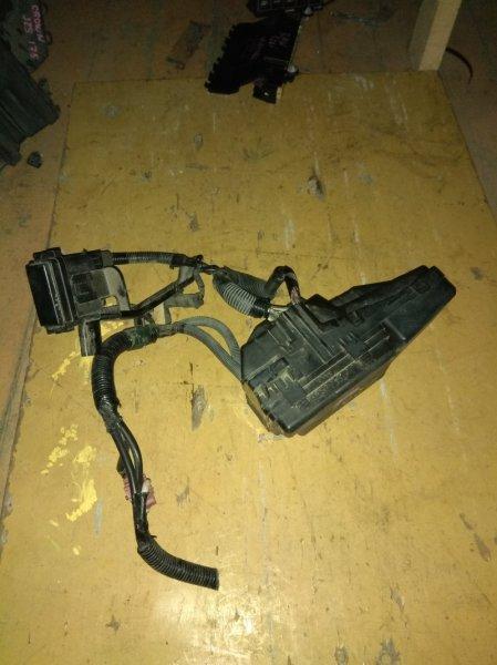 Блок предохранителей Honda Elysion RR1