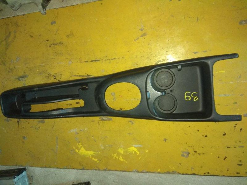 Бардачок между сиденьями Toyota Probox NCP52