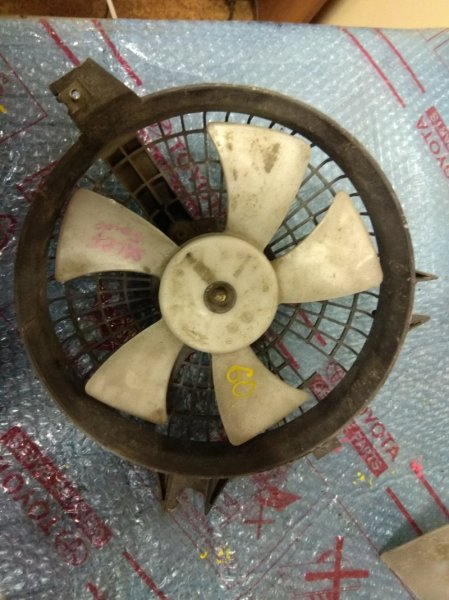 Диффузор радиатора Mazda Bongo Friendee SGLR WLTE