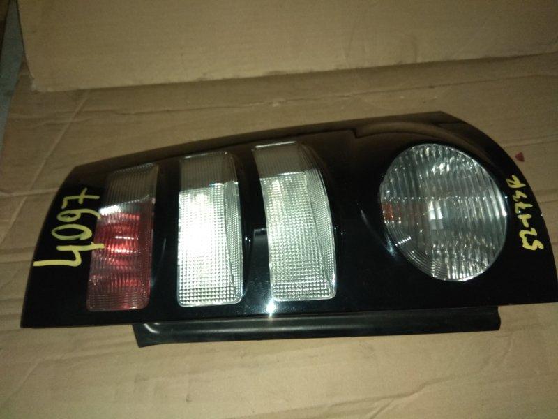 Стоп-сигнал Toyota Sienta NCP81 задний правый