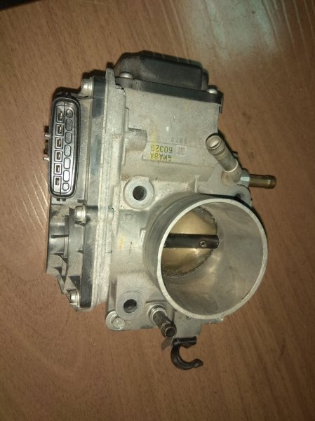 Дроссельная заслонка Honda Civic FD3 LDA-MF5