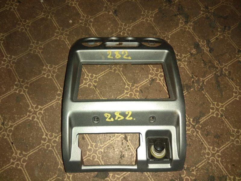 Консоль магнитофона Daihatsu Terios Kid J111G
