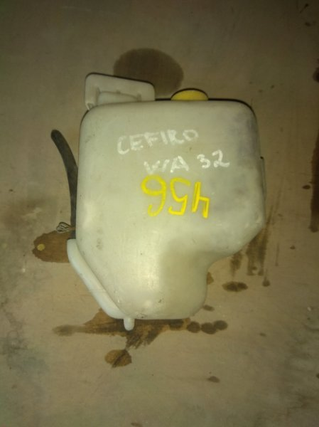 Бачок расширительный Nissan Cefiro WA32